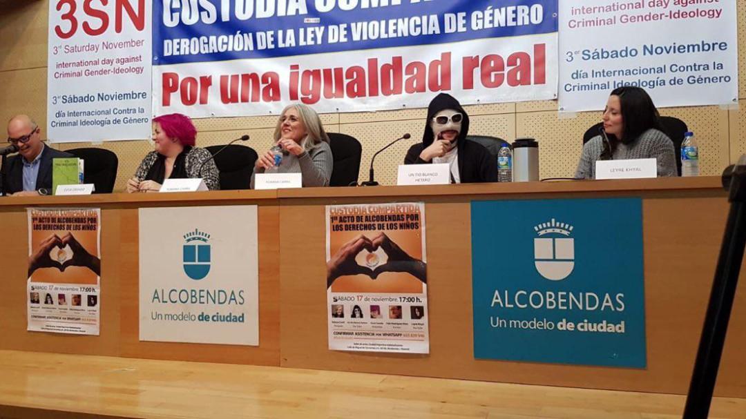 PSOE y Podemos denuncian que el ayuntamiento de Alcobendas ha permitido un acto en el que se pedía la derogación de la Ley de Violencia de Género