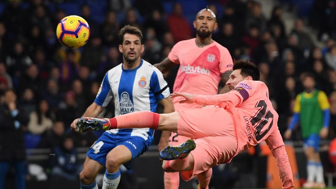 Los dos goles de Messi ante el Espanyol que desmienten la crítica de Pelé