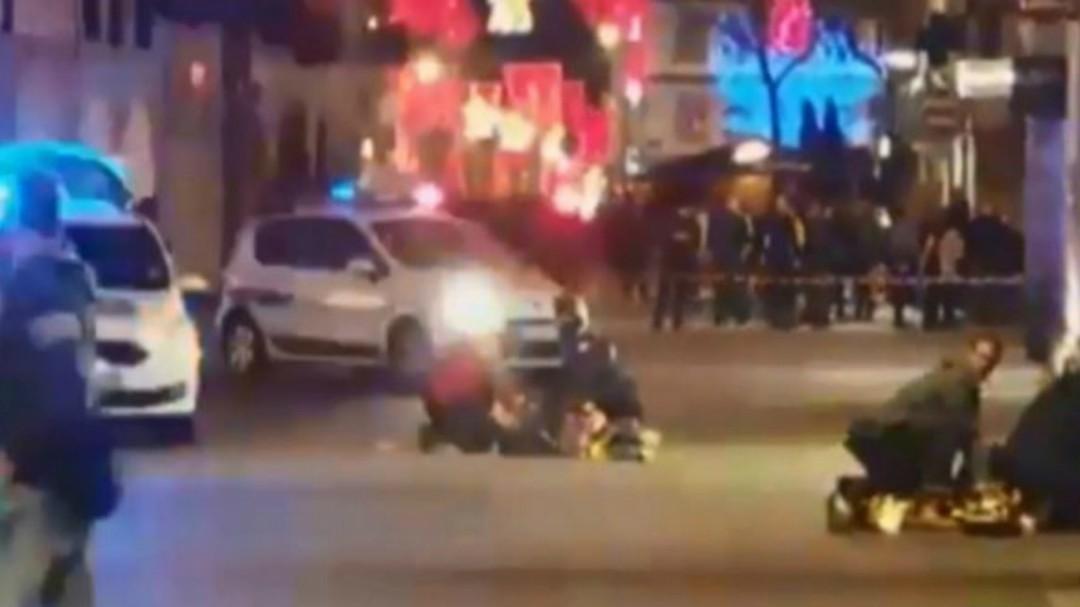 Alerta antiterrorista en Francia: se busca al autor del ataque que deja dos muertos en el mercado navideño de Estrasburgo