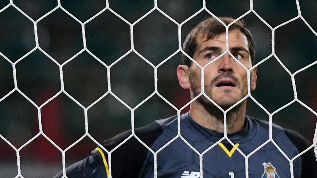 Monumental palo de Casillas a... ¿Mourinho?
