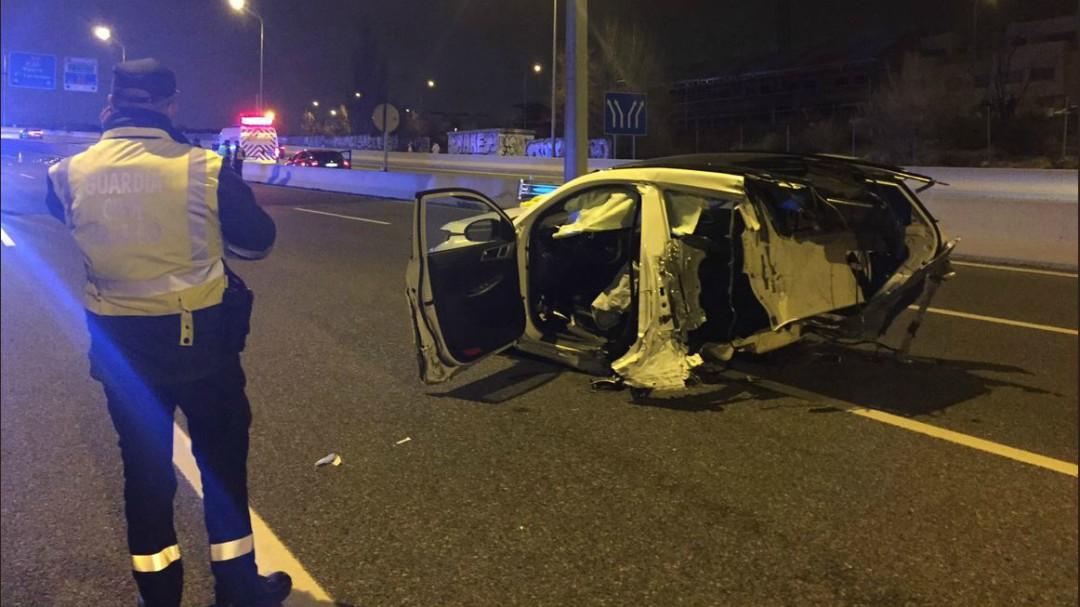 Dos muertos y dos heridos de la misma familia en un accidente de tráfico en Madrid